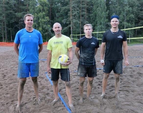 Keskareiden finalistit 2013: Tuomo Rissanen, Wille Markkanen, Simo Näkki ja Henry Tissari.