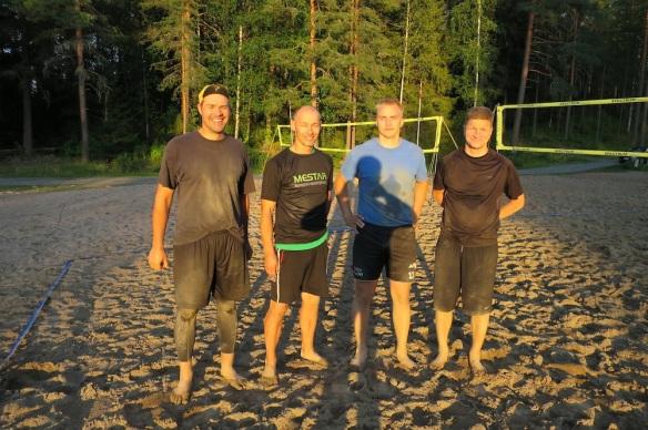 Keskarifinalistit vasemmalta: Juha Kuosmanen, Wille Markkanen, Miika Ojanen ja Esa Kaarakainen.